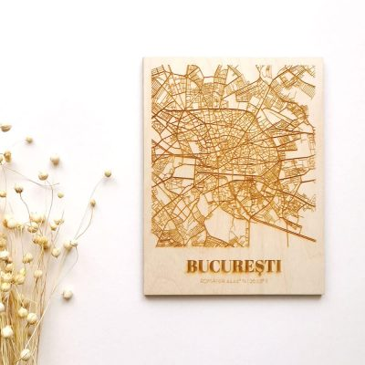 Hartă suvenir din lemn București