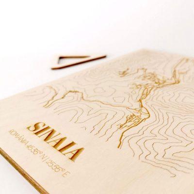 Hartă suvenir din lemn Sinaia