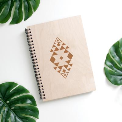 Carnet din lemn pentru notițe